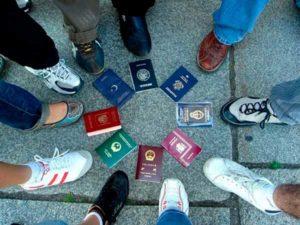 Как уехать за границу на ПМЖ?