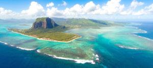 Вид на остров Маврикий с высоты птичьего полета