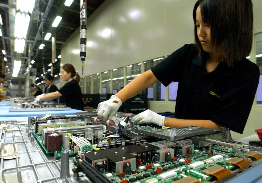 overtime work in korea Under the law, which slashed the maximum weekly work hours to 52 from 68, workers in south korea will be allowed to work 40 hours and an additional 12 hours of overtime.