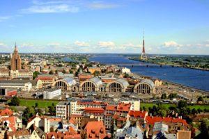 Получение и оформление латвийского гражданства для россиян и украинцев