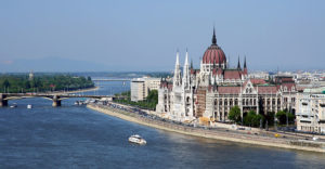 ВНЖ в Венгрии при покупке недвижимости