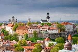 Таллин. Вид на замок Тоомпеа
