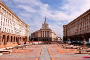 София (центр, пл. Независимости) столица Болгарии.