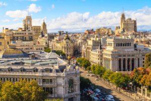 Мадрид - столица Испании (ул. Гран-Виа).