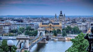 Будапешт - удивительный город. Ради экскурсии по венгерской столице стоит оформить краткосрочную визу