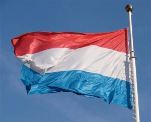 Государственный флаг Люксембурга