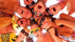 Работа в туризме за рубежом: трансферный и отельный гид, а также другие профессии