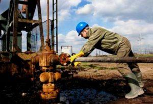 Нефтевышка в Ираке.