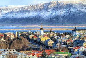 Рейкьявик - столица Исландии.