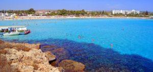 Пляж Нисси Бэй (Nissi Bay)- один из наилучших пляжей Айя-Напы.