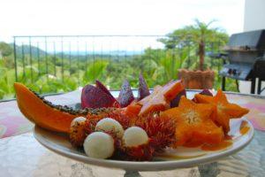 Тут вы сможете пробовать такие экзотичные фрукты, о которых даже не помышляли ранее.
