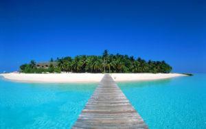 Пляж на Бали. Основным плюсом страны является климат.