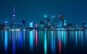 Торонто - канадский город русских, многие едут на ПМЖ именно сюда