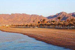 Прибрежный курорт Нувейба.