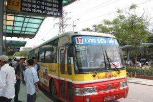Автобус №17 в Ханое.