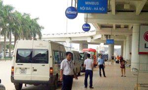 Стоянка минибасов в Noi Bai.
