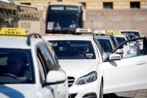 Такси в аэропорту Вантаа.