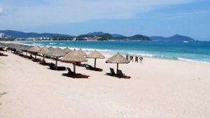 пляж Дадунхай, остров Хайнань