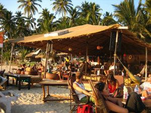кафе на пляже в Гоа
