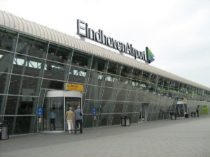 Аэропорт в Эйндховене.