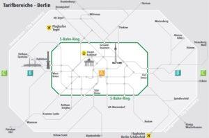 """Берлин разделен на три тарифные зоны, в которых действую соотвествующие ним проездные документы:зона «А"""" (центральная часть города и районы внутри кольцевой линии электричек S-Bahn); зона «B» (районы, находящиеся вне кольцевой линии S-Bahn до границ города); зона «C» (окраина и пригород Берлина, включая город Potsdam)."""