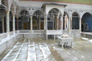 Дворец Топкане в Стамбуле