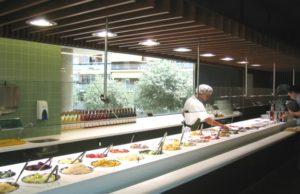 Шведский стол в Lactuca в Барселоне