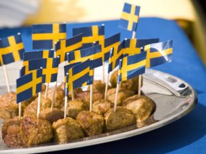 Где в Стокгольме можно недорого и вкусно поесть?