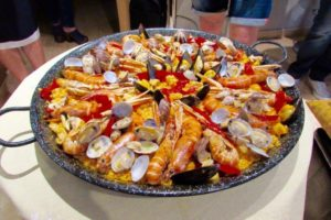 Где в Барселоне можно недорого и вкусно поесть?