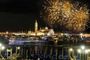 Празднование Нового года в Венеции, Италия