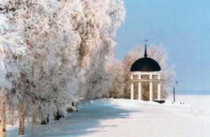 Петрозаводск зимой в канун Нового года и Рождества