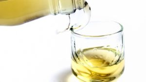 Ракия - национальный алкогольный напиток черногорцев