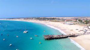 Пляж Санта-Мария на Кабо-Верде