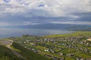 Слюдянка летом, Байкал
