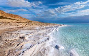 Побережье Мертвого моря в Израиле
