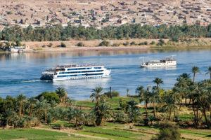 Теплоход на реке Нил в Египте